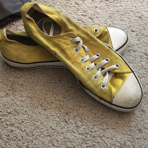 Much loved pair of converses